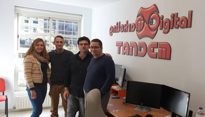 tandem team post